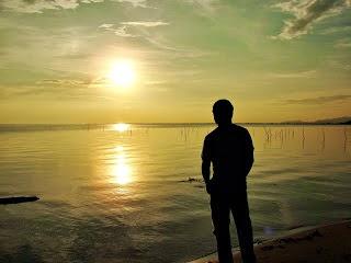 Es Triste Mirar Al Mar En Una Noche Sin Luna Cartas De Amor Y