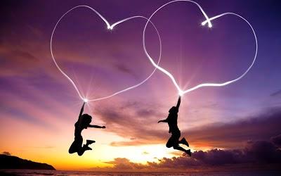 Frases de amor, mal, duele, daña, alma, vivir, enloquecer, beso, amada.